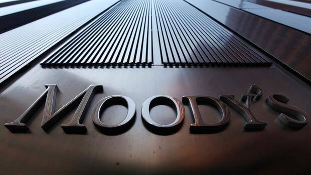 Moody's warnt vor Corona-Belastungen bei deutschen Versicherern