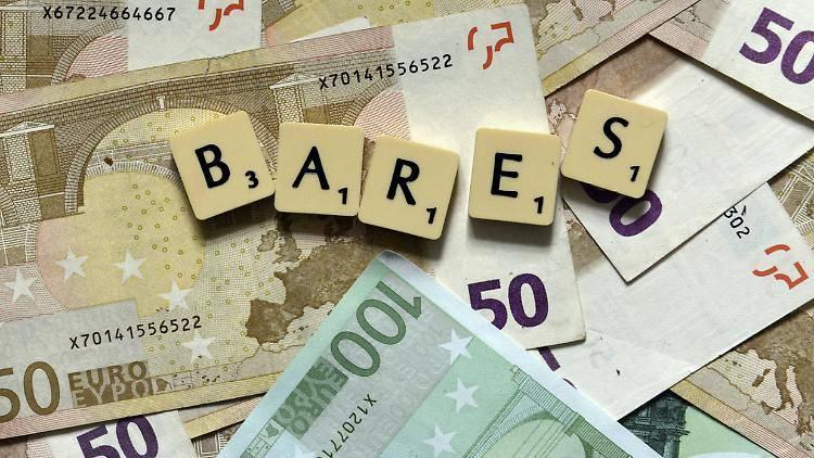 Bei Einmalzahlung Einkommensteuer auf Riester-Rente fällig